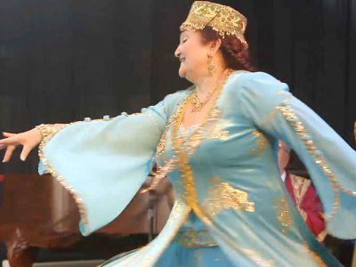 Firuza_dancing